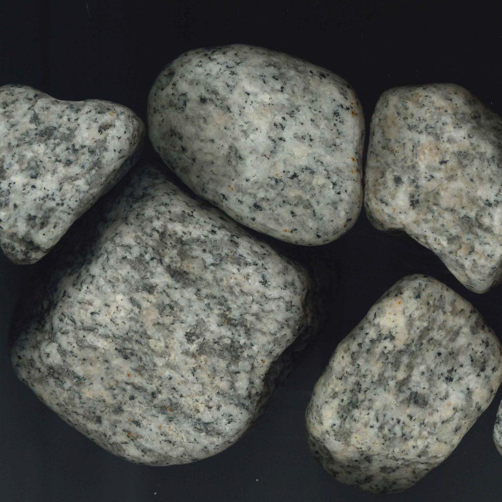 白御影ゴロタ石